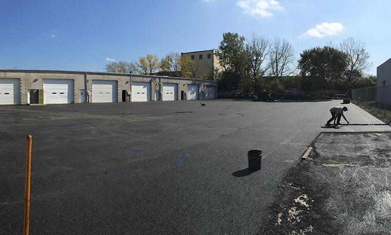 repairing asphalt in chicago